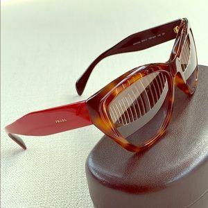 Rare PRADA Poeme Cat-Eye Brn/Havana/Red Sunglasses